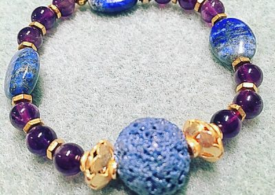 Aromatherapy bracelet semi precious stones