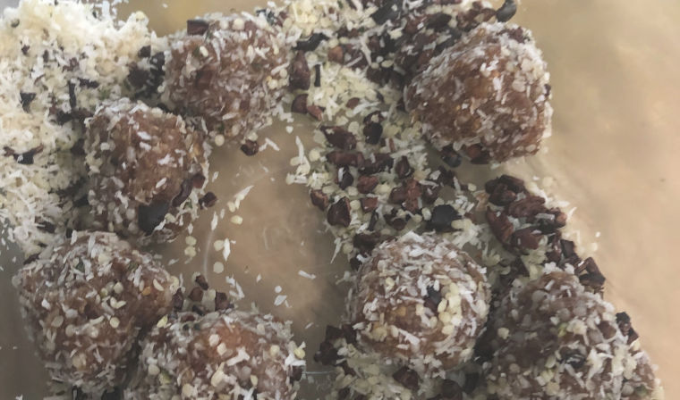 Recipe of the Month — Yummy Healthy Energy Balls